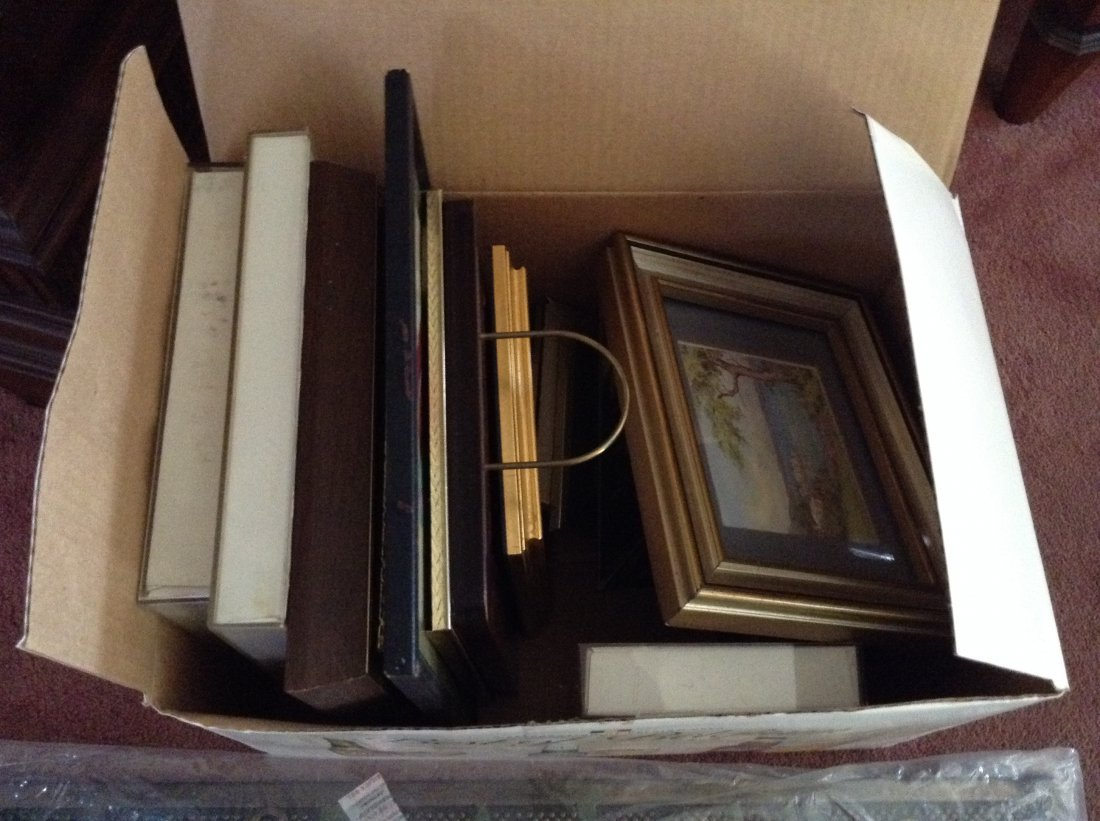 Lot of Misc photo frames and welcome mat