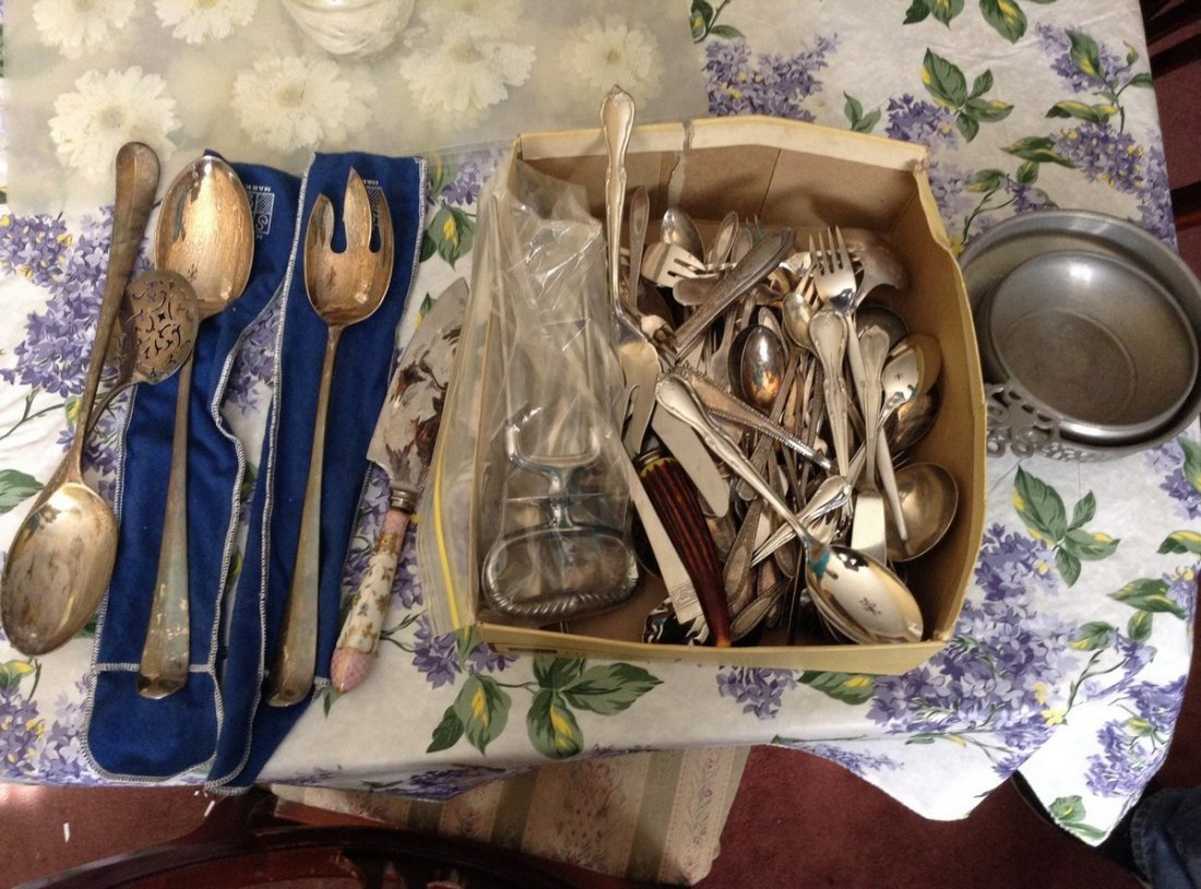 Silver plate serving utensils and Rogers Brothers