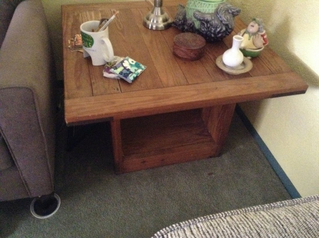 2 Pair of wooden end table