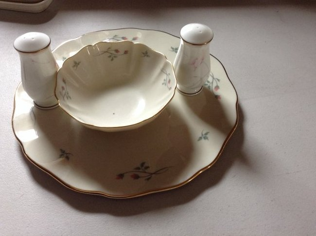 Lenox Chip and dip plate and Salt N Pepper shakers