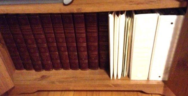 Five Shelfs of Book - 5