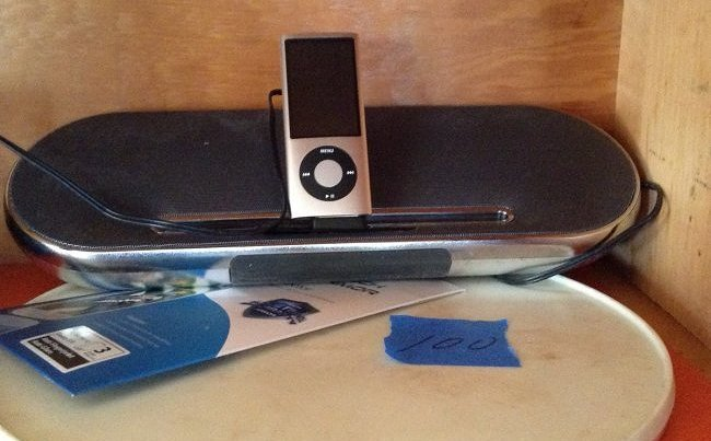 Phillips Ipod, Ipad docking station with Ipod