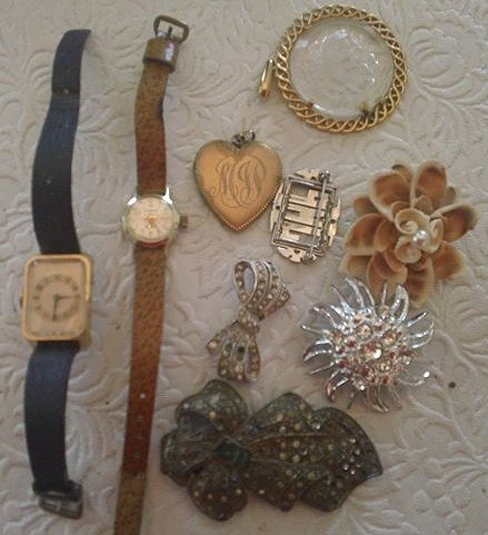 Vintage Watches & Broaches