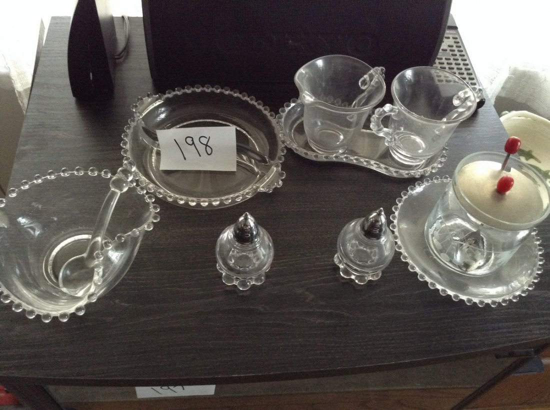 Early serving set Hobnail