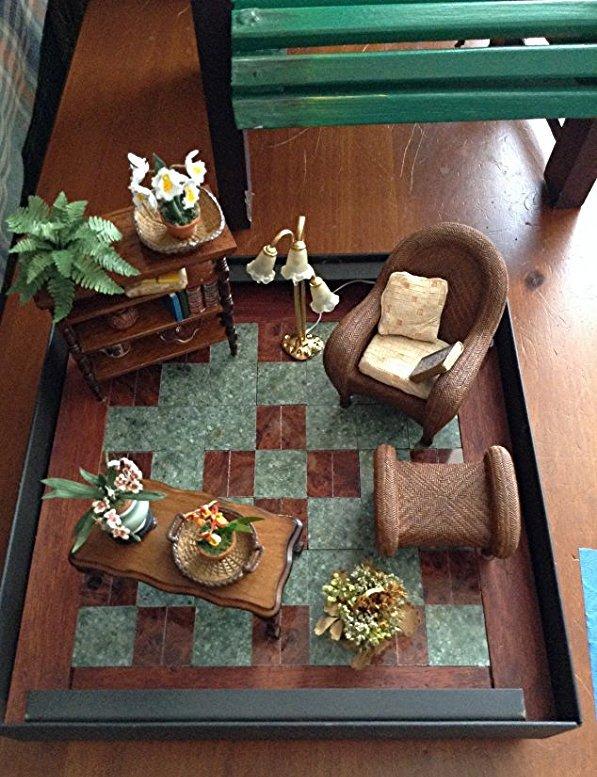 Artist Diarama & Doll chair - 2