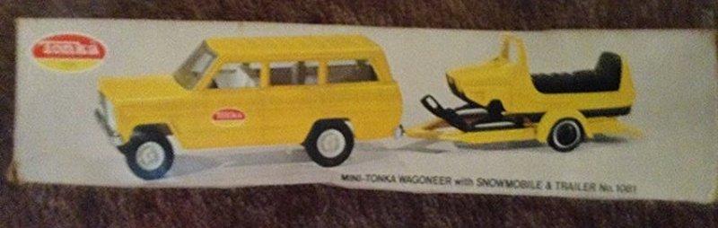 Mini-Tonka Wagoneer with Snowmobile in the box