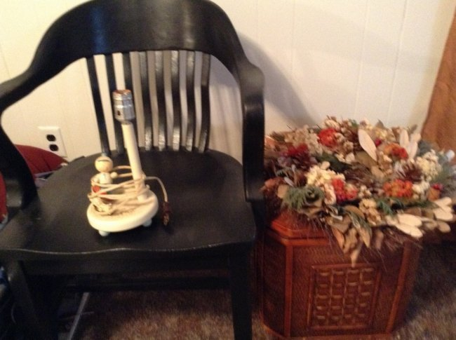 Vintage wooden Chair, lamp and waste basket
