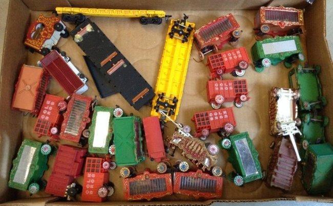 Circus Train Cars & Wagons