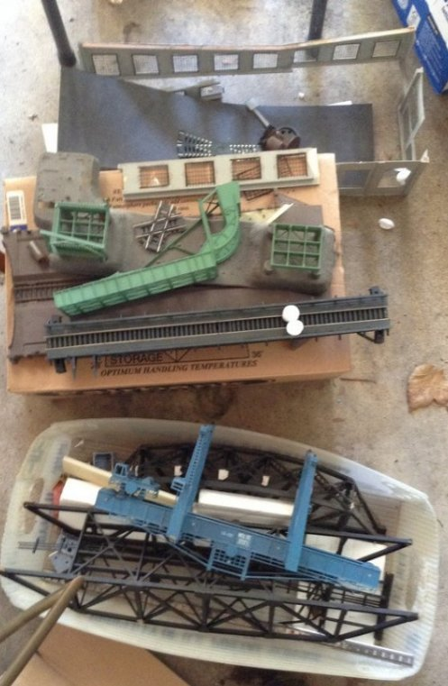 HO train buildings and trestles