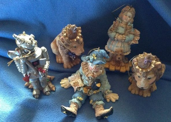 Smithsonian Wizard of Oz figures