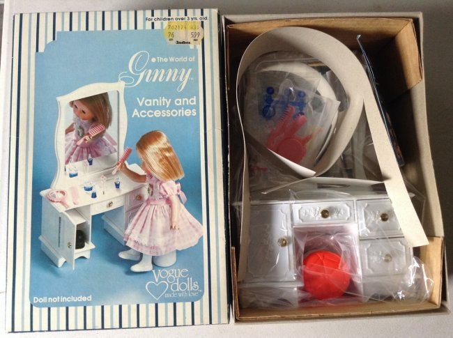 Ginney Doll Vanity and accessories