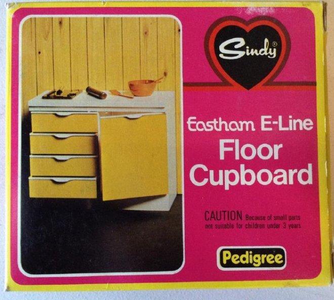 Marx Toys Sindy Floor Cupboard NIB