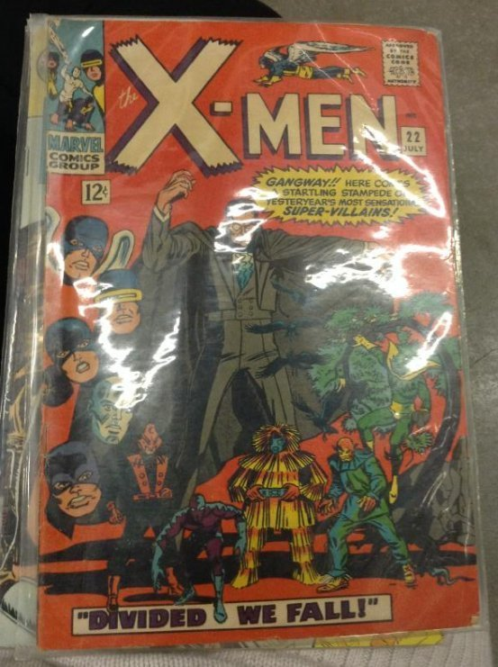 """Marvel Comic Groups The X-men """"divided We Fall"""""""