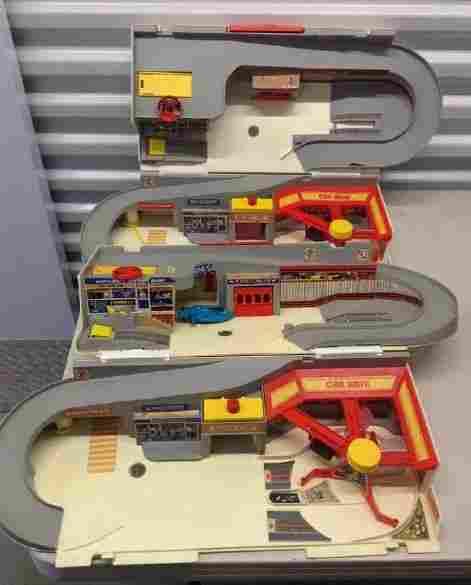 1970's Hot Wheels Play Sets