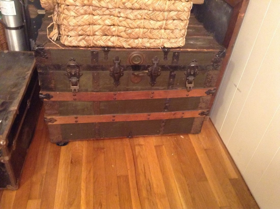 Great Wooden Chest Large