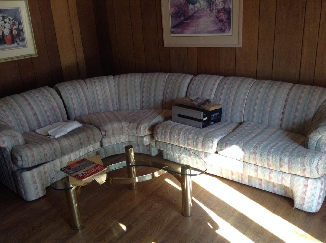 3 Piece sectional sofa Very Good Condition