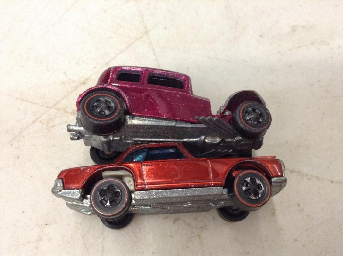 2 Red Line Hot wheels