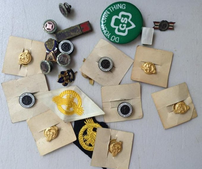 Lot of Girl Scout and Boy Scout Badges