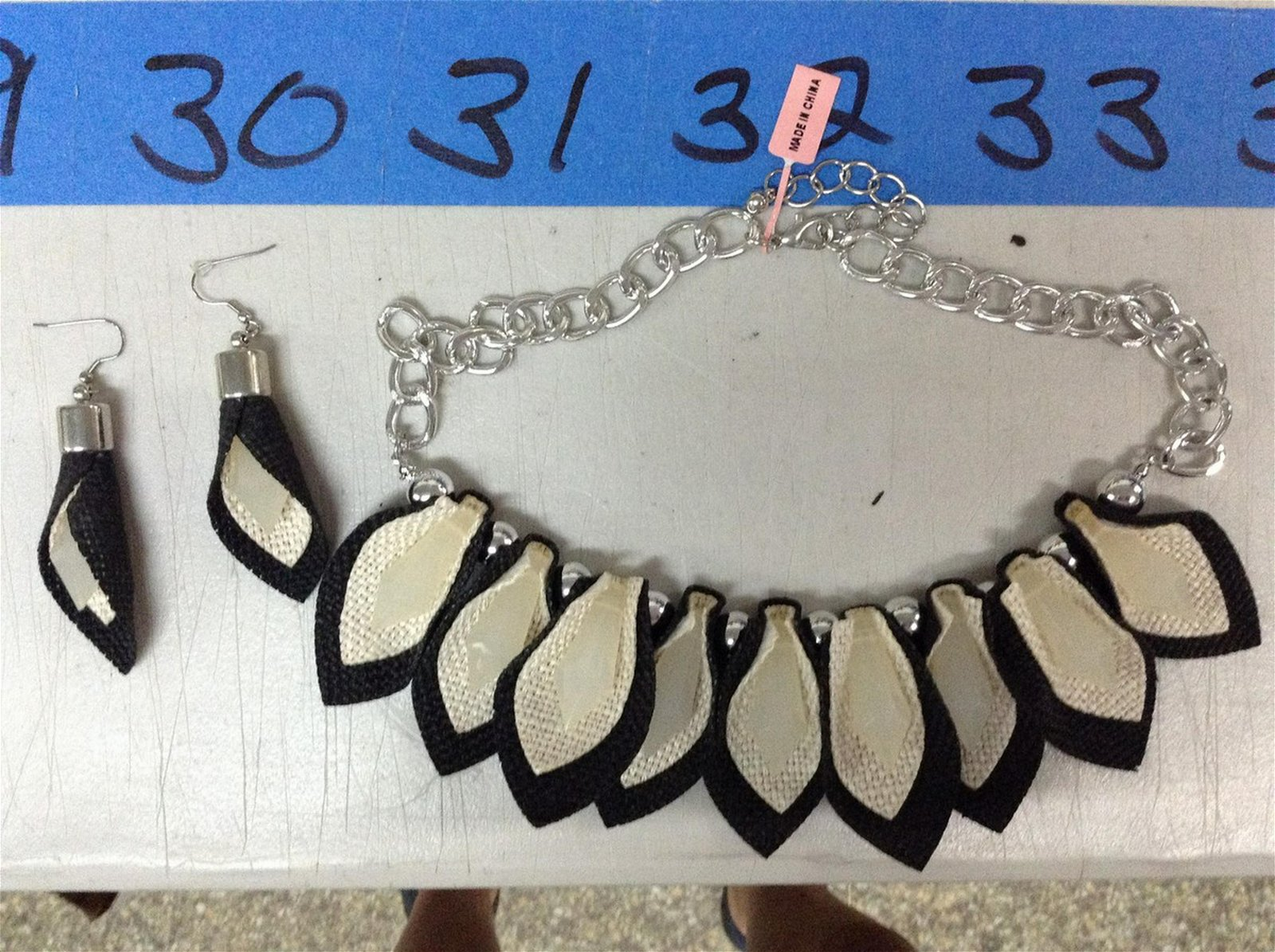 Costume Necklace & matching earrings