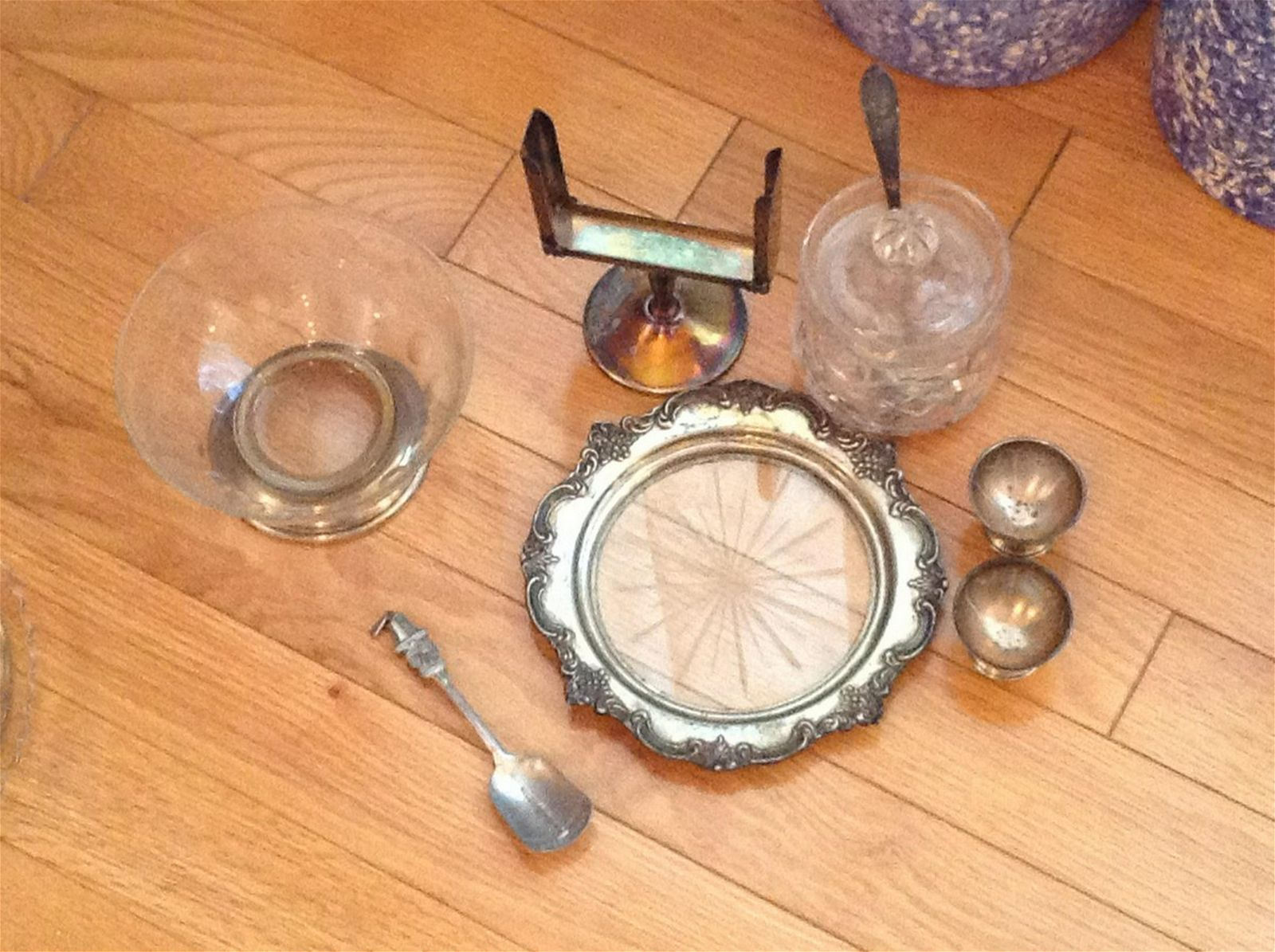 lot of sterling silver sign holder, egg holders and