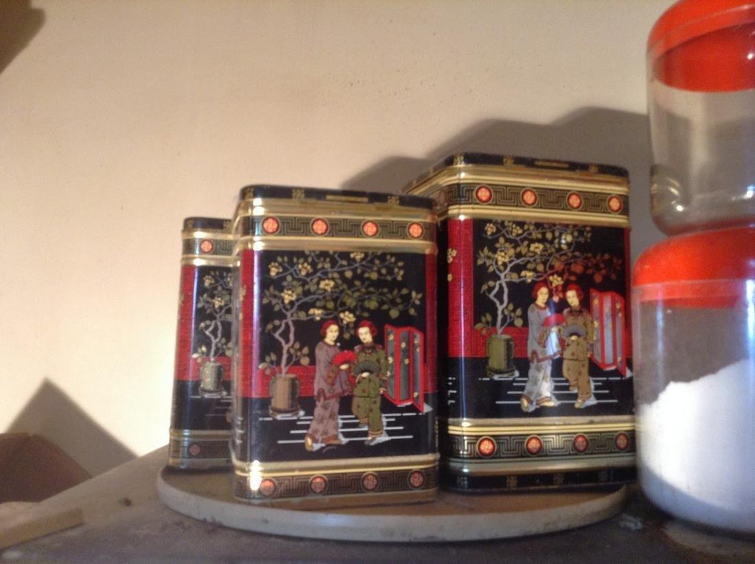 lot of oriental kitchen tins