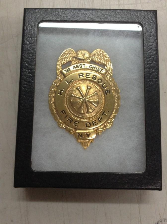 vintage assistant badge