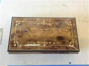 San Francisco music box company mint condition musical