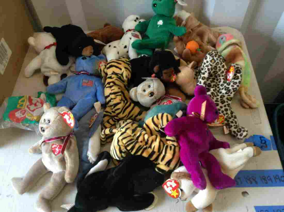 large various size beanie babies with tags