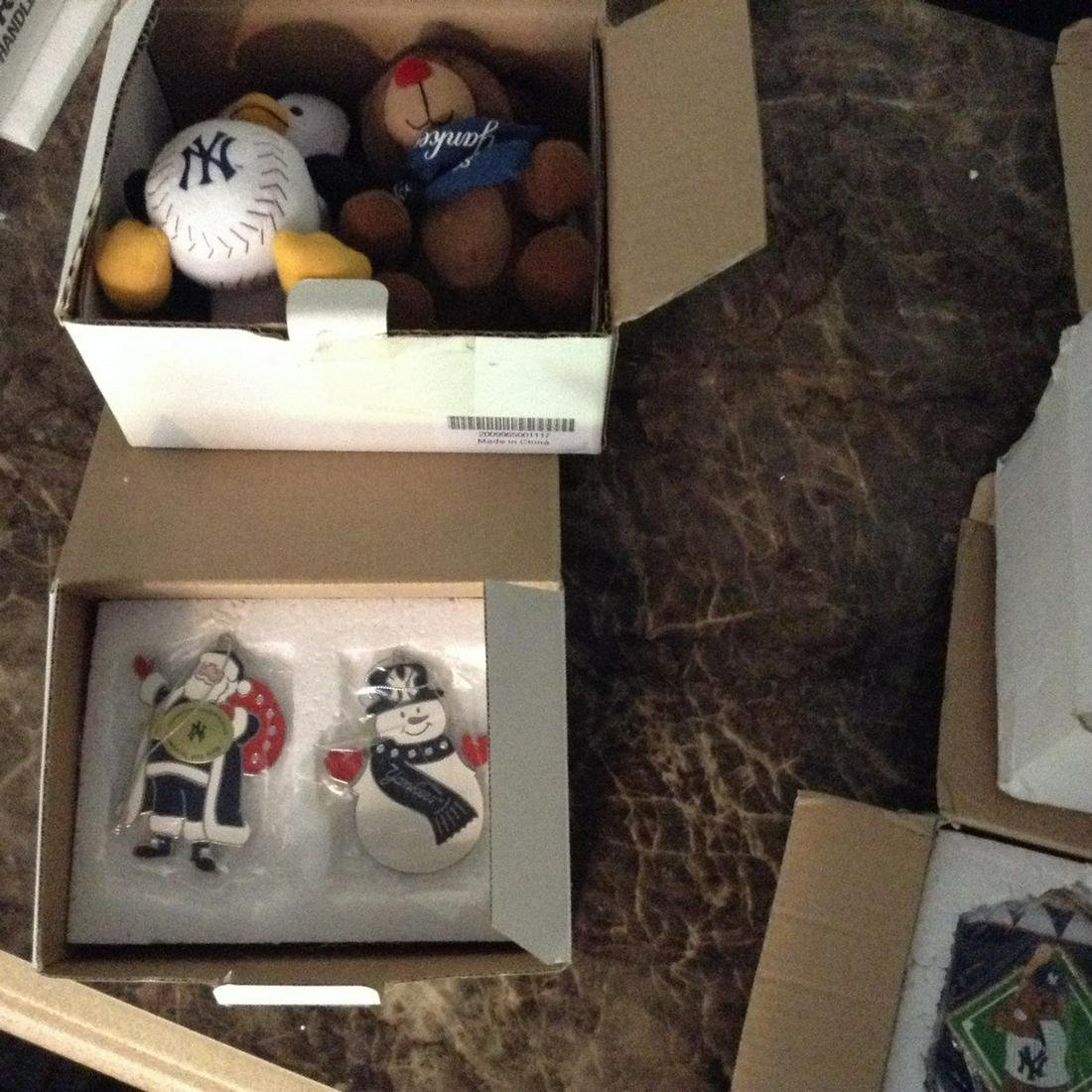 lot of two Danbury mint yankees and other Christmas