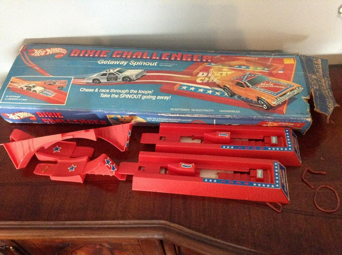 Dixie challenger hot wheels no cars