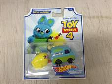 Toy Story Ducky And Bunny Hot Wheels Character Cars New