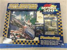 Daytona 500 1999 Official Collector's Pack in box