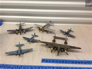 Lot of vintage airplane models