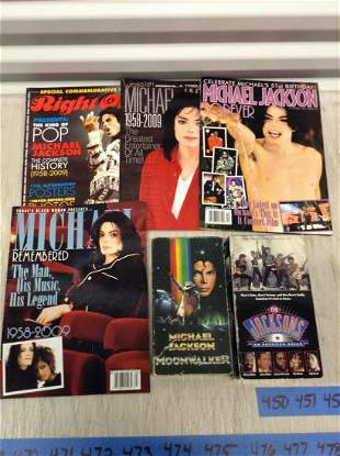 Lot of Michael Jackson Magazines and Cassette Tapes
