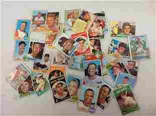 Lot of vintage baseball cards