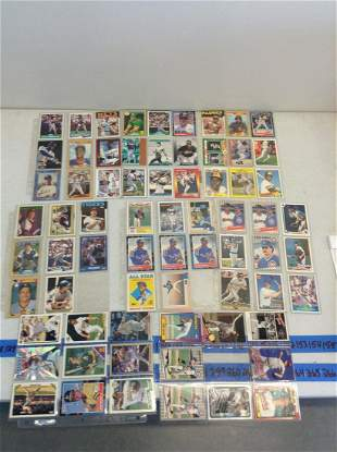 Large lot of Vintage Baseball Cards
