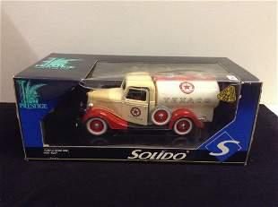 Solido Ford Citrine 1936 in Box