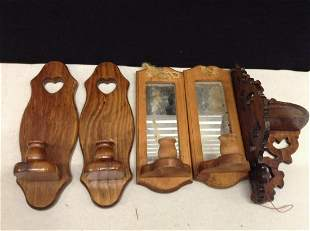 Lot of Various Wooden Wall Hangings