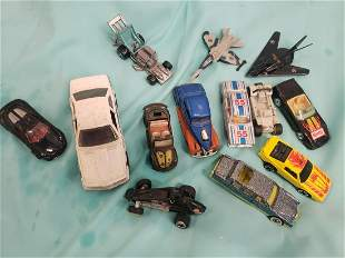 Lot of vintage hotwheels , matchbox, and more cars