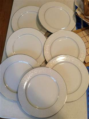 Lot of Crown Victoria Dinner Plates