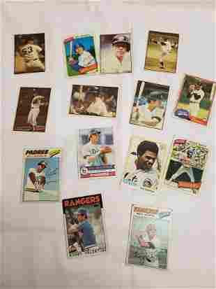 Lot of vintage baseball cards - 1970's