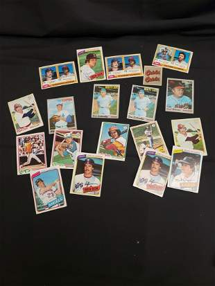 Lot of vintage baseball cards - 1970's and more