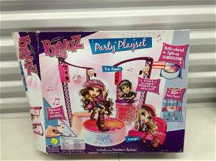 Bratz Party Playset with the box