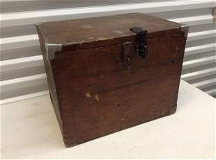 """Early Wood Trunk 16""""x11.5""""x12.5"""""""