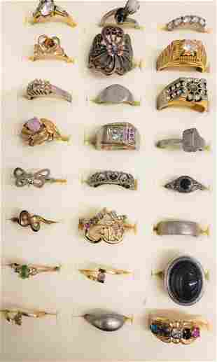 Lot of vintage/costume rings - several are GF - all