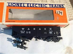Lionel Wabash Operating Hopper Train in Box