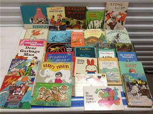 Large lot of 1970s and other vintage children's books