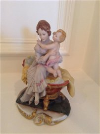 """Signed Capodimonte Mother and Child Statue 7"""" tall"""