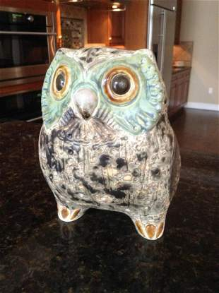 """Signed Lladro Pottery Owl 6"""" tall"""
