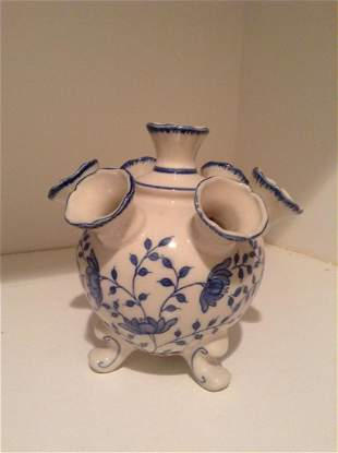 Williamsburg Blue in Bloom Pottery